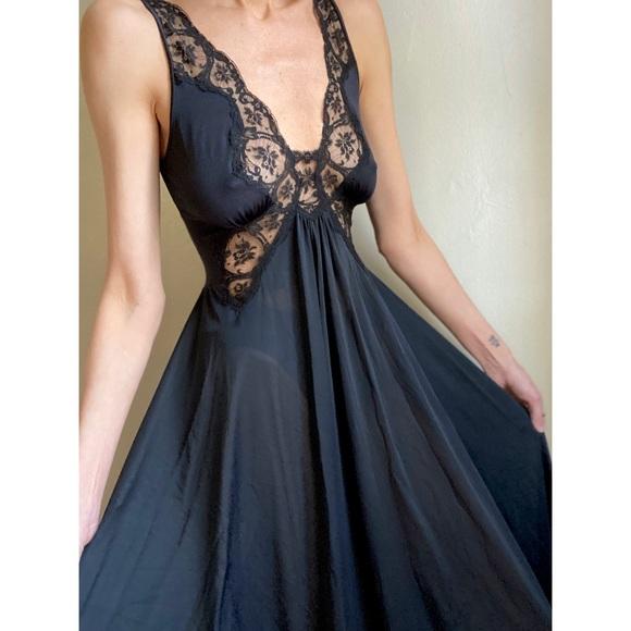 Olga Other - Vintage NWT Olga nightgown